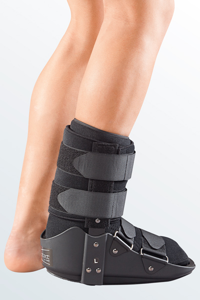 protect.Walker boot short